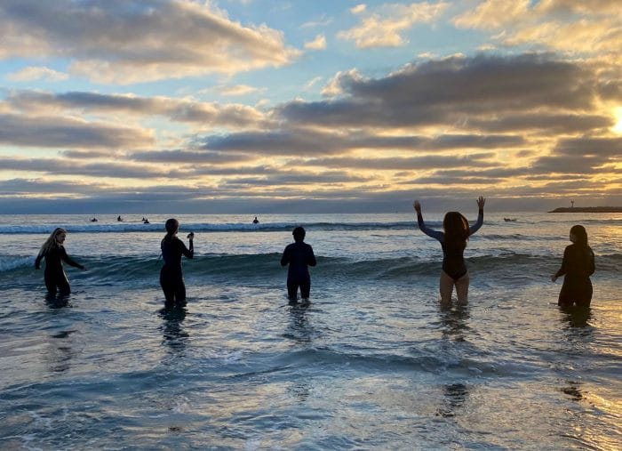 Evidence-Based Ways That Surfing Decreases Mental Health Issues